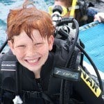 Kids over 12 years can try scuba diving at the reef!